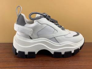 Nova chegada Designer sapatos de alta qualidade Homens Mulheres Old papai Sneaker Bloco Handmade Lace-Up Arch Sole Multi-estilo de luxo Com Box 35-45