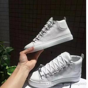 Balenciaga shoes Venta al por mayor moda masculina arena High-top piel de bovino arruga grieta cuero con cordones zapatos hombre estilo francés zapatillas kanye west zapatos