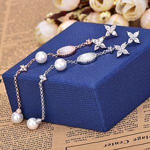 Eleganti orecchini asimmetrici di perle per orecchini lunghi da donna con nappe lunghe