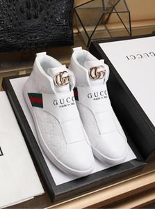 casuales zapatos deportivos zapatos salvajes de la manera de los nuevos hombres de personalidad 2020S3 Recorrido al aire libre cómodo corriendo zapatos de hombre Zapatos de hombre