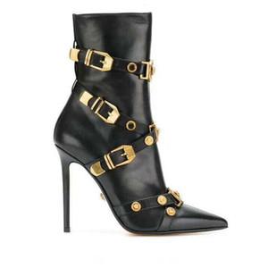 Botas Botas Designer Shoes moda de alta qualidade Outono Inverno Rainha Medusaa Apontado Calçados Inglaterra Mulheres salto Rivet ankle boots