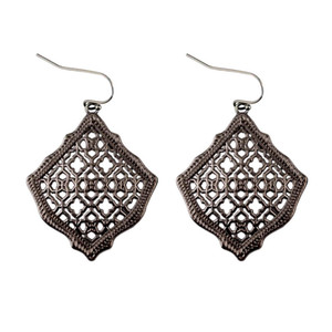 2019 Nuevo Kendra Square Kite Filigree Cutout Morocco Dangle Drop Earrings para Mujeres Metálica Filigrana Kendra Style Drop Earrings