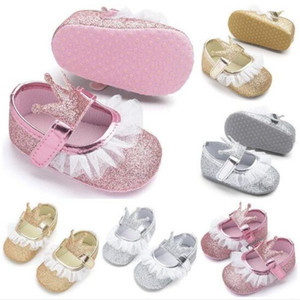 New Baby Girl Shoes Paillettes Lace PU Leather Princess Baby Crown Shoes I primi camminatori Newborn Mocassini per le ragazze