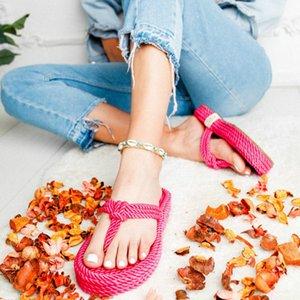 toboggans femmes été des sandales de plage renversent string coince chaussures de sport femme talons bas sandalias pantoufles mujer sapato Feminino H1091