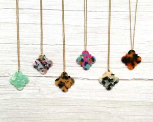 Акриловые смолы Leopard Quatrefoil подвеска ожерелье для женщин Quatrefoil Акриловой Подвески Ожерелья Матери День подарки Производитель ювелирных изделий