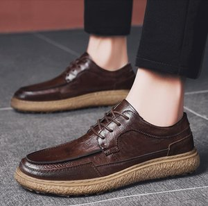 Brand Men Leather Brogue Shoes Lace up lightweight British Dress Footwear Genuine leather formal Moccasins zapatos hombre