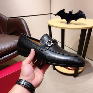 Moda masculina Brogues de cuero genuino Caballeros Pisos Hombres formales Marca Zapatos de vestir de negocios formales Zapatillas Hombre Tamaño 38-44