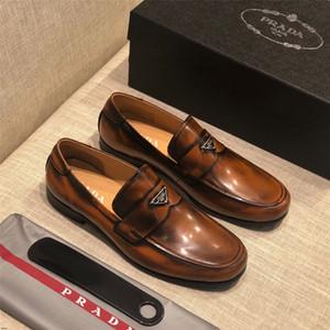 20SS Brands Big Size Negócios de Luxo formais Sapatos Moda Homens Dress Casual crocodilos Skin Shoes Escritório Homens Designers Loafers