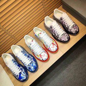 ss 2.020 homens e mulheres de alta qualidade plataforma sapatos casuais Air coxim inferior com tênis de design de luxo de graffiti # 5F