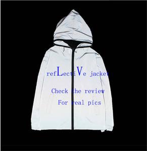 Herren Jacke mit Kapuze Frühlings-Herbst-Zipper Windbreaker Letters für Männer und Frauen-Mantel dünne Jacke Glänzend Drucken