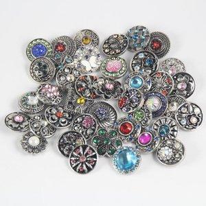 Кнопки Snaps Ювелирные изделия для подвесок Браслеты Красивое сочетание стилей 18 мм Горный хрусталь Кнопки Металлические защелки с подвесками Подходящие браслеты NOOSA Snap Jewelry