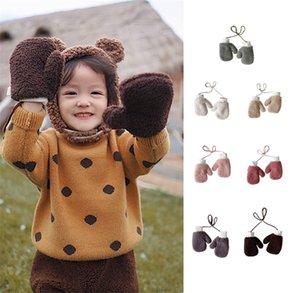 In Winter neue Babymädchen nett reine Wolle hängen Hals Add Beflockung warme Handschuhe Lämmer Farbe