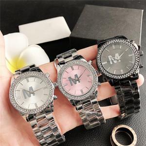 Мода Группа Часы женщины девушки Большие буквы кристалл стиль металла стальной ленты кварцевые наручные часы M109