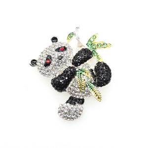 50 pcs / lot Nouveau Nouveau broche de panda en bambou noir et blanc broche de panda entourée de bambou vert pour cadeau