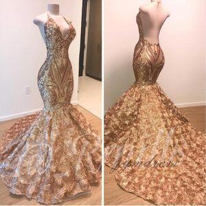 2019 African Gold Prom Dresses Mermaid Halter V-Ausschnitt 3D Blumen Ärmelloses Abendkleid Lange Sweep Zug Arabische Kleider Dubai Party Kleider