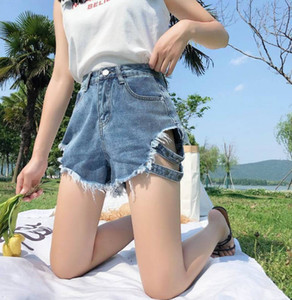 2020 New Womens Designer Jeans Denim Shorts Side Women Loose Wear Holes High Waist Hot European and American Style Pant Wide Legs Thin
