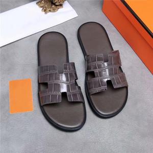 Los últimos de primavera y verano de colores zapatillas de cuero para hombre, zapatillas de cuero multicolores para una escapada barata y de bajo costo tamaño 38-44