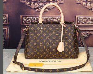 F27 2018 Yüksek kaliteli deri sırt çantası kadınlar Sırt Çantası mochila Feminina işlevli bayanın Omuz Çantaları Seyahat Sırt Çantası için