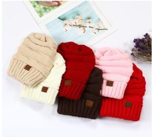 Şapka kasketleri Şapka CC Kadınlar Kış Basit Stil Chunky Yumuşak Stretch Erkekler Örme Beanie Skully Şapka Isınma Örme