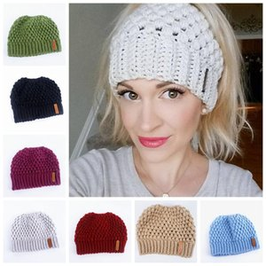 Ponytail Knit Hat Woman Winter hats Warm Elastic Knitted Cap Outdoor Lady Travel Ski Beanie Cap Beanies ZZA931