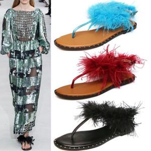 New T Show Заклепки Плоские вьетнамки Сандалии из перьев для женщин Rome Leisure Beach Sandals Сандали
