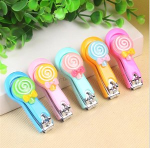 Wholesale-Cute design Lovely Cartoon Nail Clippers Candy Color Nail Cutter Lollipop Scissors Home Supplies Cute Nail Tool randomly