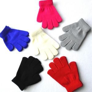 Детские зимние перчатки сплошной цвет конфет мальчик девочка акриловая перчатка малыша теплый вязаный палец стрейч варежки студент открытый перчатки подарок DBC VT0811