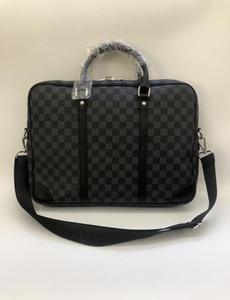 Borsello in 3 colori marca famosa di cuoio degli uomini della cartella del sacchetto casuale di affari di cuoio del Mens Messenger Bag Uomo Vintage Bolsas maschio