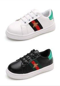 Tripla ACE G Designer Kids Shoes chiusura Bianco Nero Lace-up con a forma di ape in pelle ricamato scarpe da tennis di lusso delle ragazze del ragazzo Casual Shoes