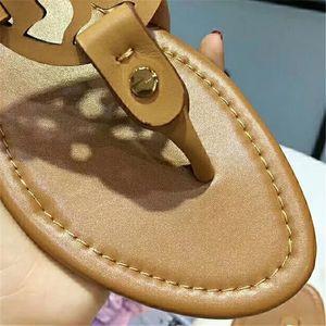 NOUVEAU Les femmes DesignerSandals style classique Casual Flip Flops Multi Color Taille 35-43 Luxary fille Slides Livraison gratuite bande Sandales femme