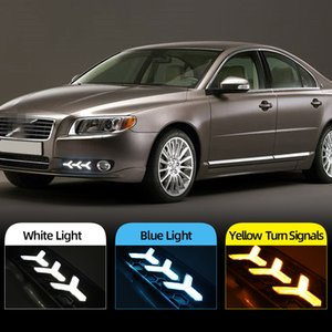 1 Pair LED Daytime Running light For Volvo S80 2009 2010 2011 2012 2013 DRL fog lamp with Yellow Turn Signal Light