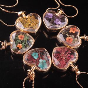 Kalp Shape Lampwork Cam Kolye Aromaterapi kolye Kolye Takı Kuru Çiçekler Parfüm Kolye Kolye Şişe flakonun