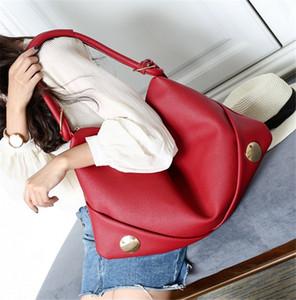 Yeni 2020 Pitot Çanta Şık Omuz Çanta Kadınlar Büyük Kapasiteli Hobos çanta PH-CFY20062051