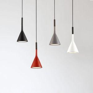 Modernos Pingente luzes da cozinha Luminárias para Bares Sala de jantar do restaurante Início Quarto Branco Preto Vermelho Iluminação Deco Hanging Lamp