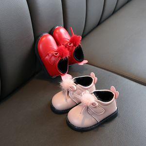 Inverno Baby Baby scarpe Aumento Giù avvio a breve due cotone e sfera della pelliccia Principessa della ragazza stivali morbidi di studio inferiore Walking Shoes