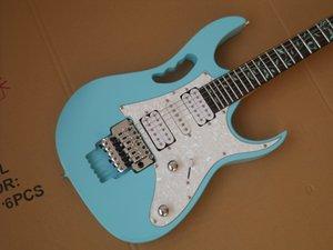 Mint Blaue Gitarre mit weißem Schlagbrett Baum des Lebens Inlay Chrome Hardwares Kostenloser Versand Tremolo