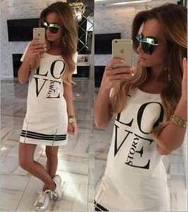 Elbise MS moda mektup Graffiti baskı Kısa etek Eğlence Yuvarlak boyun mini etek fabrika toptan Çapraz sınır özel tedarik