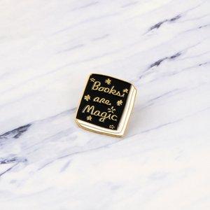 Accessori Decoration Black Magic Libro Pins panno Zaino Borse Cappelli pelle jeckets Bookworm Gifts Lettori gioielli