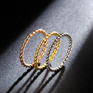 Round Rings Women 1.5mm Thin Rose Gold Silver Gold Color Twist Rope Stacking Wedding Rings in Stainless Steel bijoux