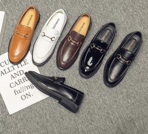 mens scarpe in pelle di lusso Mocassini Designer progettista di marca scarpe da sera maschio esterno delle nozze degli uomini Flats Ufficio partito dei pattini