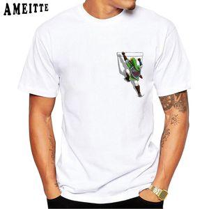 Cute Climbing In Pocket Design Print T-Shirt Fashion Men's Cool T Shirt Summer Casual Streetwear Men Tees Funny Novelty Boy Tops