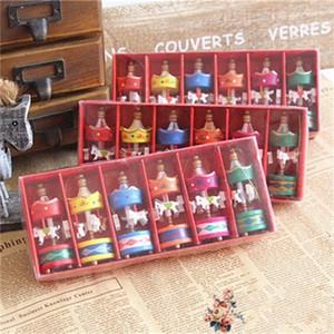 Regalo de madera colgante del caballo del carrusel de caballos Inicio Mini Decoración Juguetes para niños Tomar imagen fiesta de cumpleaños de los apoyos 1 8JY H1