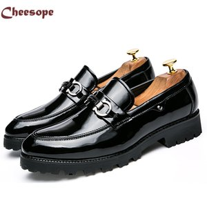 Épais fond formel Oxford Business Leather Leather Shoes Hommes luxe Italian style slip-On robe de mariage bateau Office Chaussures Drop shipping
