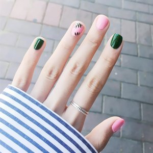 Japan and South Korea Nail Art Finished Short Fashion Pop Nail Tips Lasting Waterproof Patch Leaf Pink Green