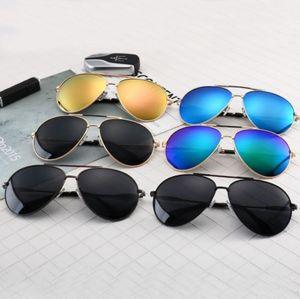 Sunshade glasses Simple fashion European style brand designer sunglasses 100% anti - UV glasses high - quality Sunshade glasses