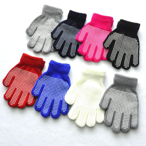 Enfants Anti-Skid Gants magiques d'hiver doux et chaud hiver Stretchy extérieur Sport ou la randonnée en PVC Knit Mitten For Kids 8 Styles N22Z