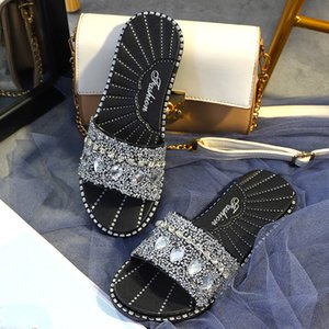 Kadınlar Dokulu Rhinestone Glitter Slayt Düz Kristal Sandal Ladies Open Toe Jewelled Sandalet Kızlar Bling Geniş Sandalet Genişlik