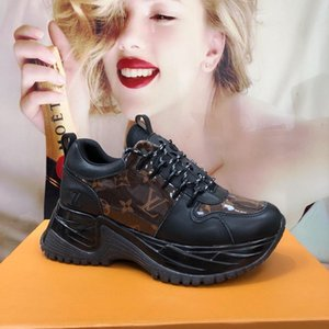 Luxury mens designer shoes Genuine Leather basketball kanye Sneakers vintage Franch Shoes Walking chaussures