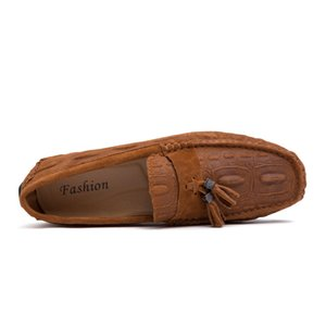 Британский стиль мужской обуви мода кисточкой горошек Повседневная обувь бездельники мужчины дышащая мужская квартиры вождения мужские мокасины ХК-624