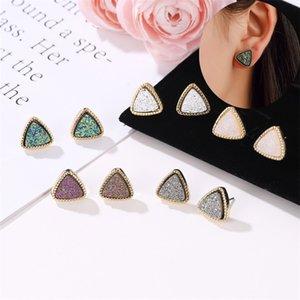 Frauen Dreieck Druzy-Bolzen-Ohrringe für Mädchen Harz Stein Gold-Ohrring weiblichen Mode-Schmuck-Geschenk in loser Schüttung